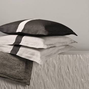 Pillowcases with plain hem